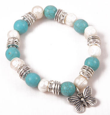 Bracelet Turqoise, fresh water pearls and butterfly