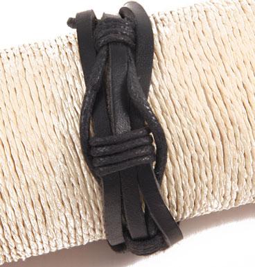 Leather bracelet winding II