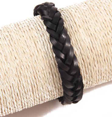 Leather bracelet braid black
