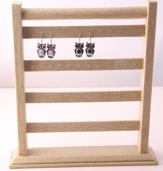 Earring stand jute