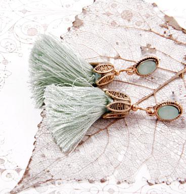 Earrings Tassel and color