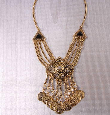 Necklace Moneda
