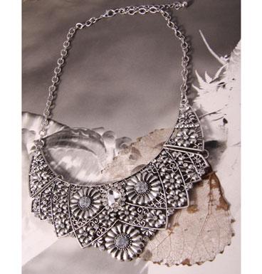 Necklace Sunflower Innuendo