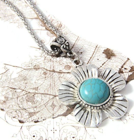 Necklace Turquoise Flower