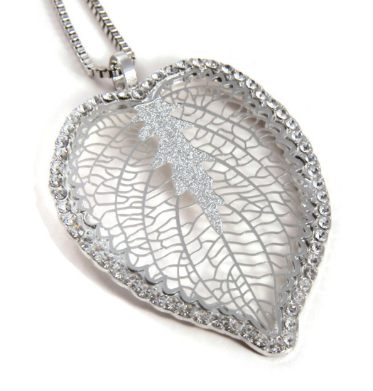 Necklace Big leaf and strass
