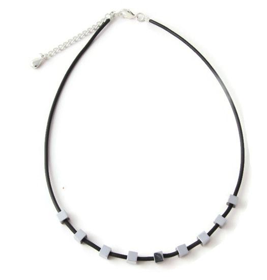 Necklace Squares