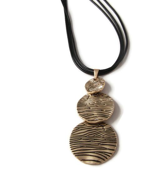 Necklace Safari