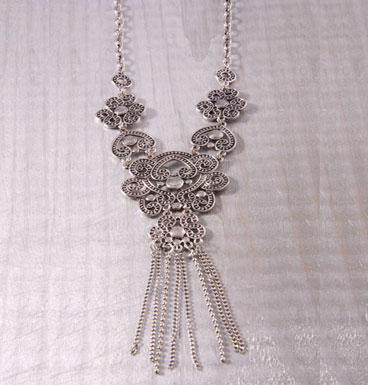 Necklace Flores