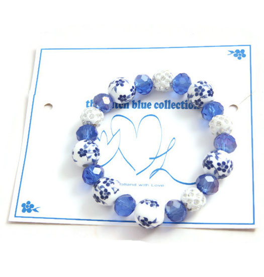 blue circle and strass