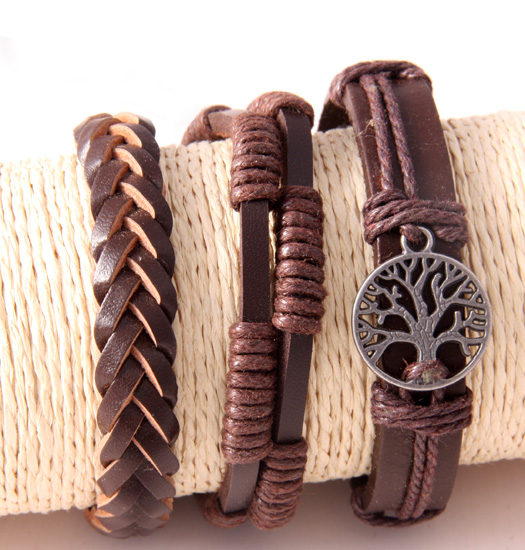 Set of braided leather and tree of life