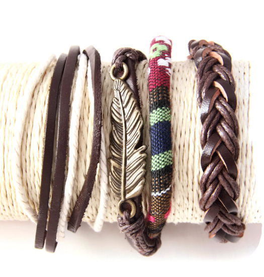 Set Leather rope and feather