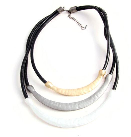 Necklace Tricola